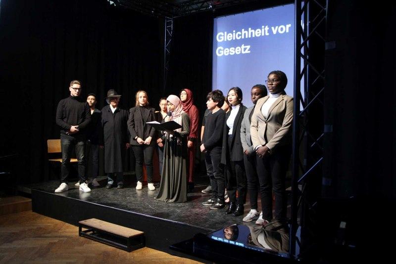 09-Meyerowitz-Aula-Gedenken